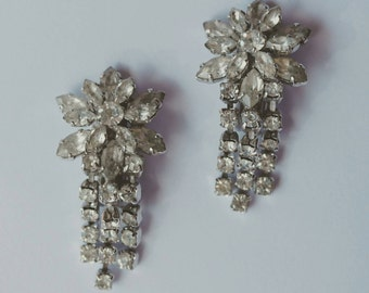 FINAL CLEARANCE Vintage 1950s Rhinestone Drop Clip On Earrings