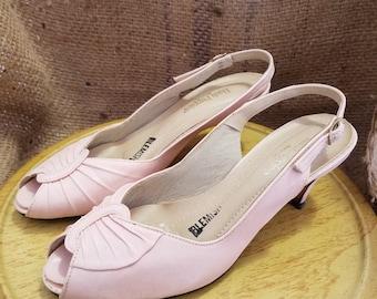 Vintage Women's Hush Puppies Soft Pink Slingback Peep Toe Heels - Size 6M