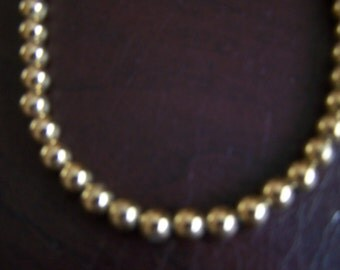 MONET  --  Vintage Traditional Ball Necklace