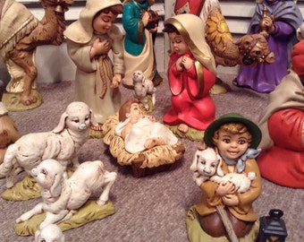 Nativity Set - Ceramic Provincial Mold 1980 - Painted Figures and Animals - 21 Pieces