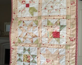 Hand quilted wall hanging 22X16