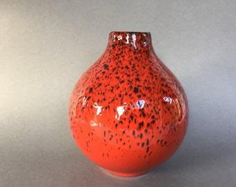 Waechtersbach  Mid Century Modern ballvase, design: Ursula Fesca,   1960s - 1970s Bauhaus Ceramic from West Germany