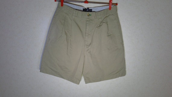 3adcc500322 Men s Shorts Size 31