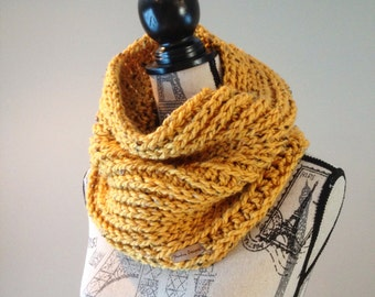 Crochet cowl, Crochet chunky cowl, crochet scarf, Womens cowl