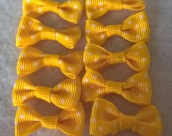 Pack Of 10 Yellow And White Mini Polka Dot Bows