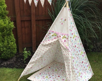 Childrens Tee Pee  Floral Indoor/ Outdoor Playtent Wigwam - Ready to ship