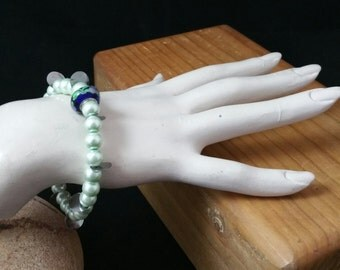 Mint Green Glass Pearl Stretchy Bracelet