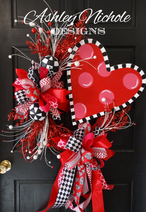 Items Similar To Funky Heart Wreath Valentine S Day
