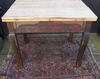 Edwardian Painted Pine Table.