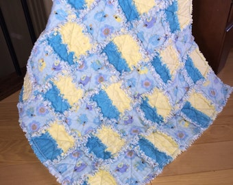 Gender Neutral Baby Rag Quilt, Stroller Rag Quilt, Car Seat Rag Quilt,  Birds, Blue and Yellow, Ready to Ship