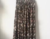 Beautiful Flowy 90s Floral Midi Skirt