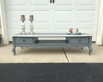 Beautiful Vintage French Provincial Coffee Table