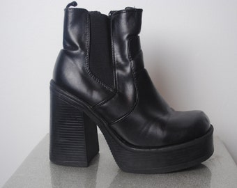 90's Chunky Platform Boots - Size 6 US - Grunge Chunky Ankle Boots