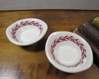 Red and White Leaf Pattern - Individual Condiment Dishes - Creamy White - Restaurant Ware
