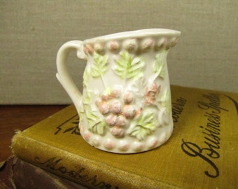 Vintage Ceramic and Porcelain Measuring Cup - 1/8 Cup Size - Grape Cluster and Leaves