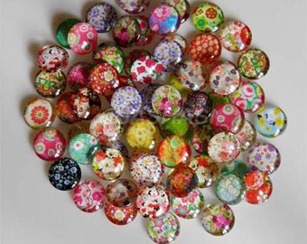 10 Flowers Mixed Design Round Glass Cabochons 12mm (031)