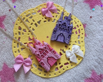 Princessly Home Glitter Castle Necklace