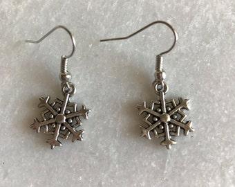 Snowflake frozen christmas earring silver tone gift
