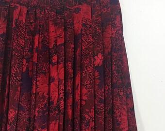 Dark Floral Skirt   Merlot Pleated Skirt   Vintage Skirt   Small    Merlot Skirt   Long Skirt