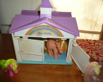Vintage 1980s  My Little Pony Show Stable