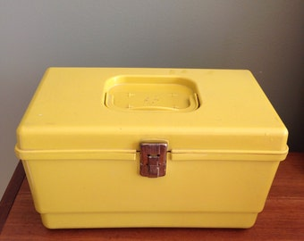Vintage Starburst Yellow Plastic Sewing Box - atomic retro star burst 1970s handle carrier