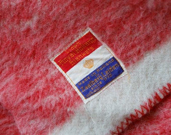 Vintage Thick Crown Royal Holland  coral/pink & off white wool felted blanket with bold pink stripe / Zaalberg Leiden