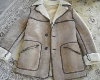 Authentic Vintage Shearling Coat, Made in 1970s, Tan with Dark brown whip stitching, Size Med to Large, VERY HEAVY shearling wool inside