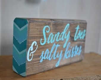 Sandy toes and salty kisses side chevron block