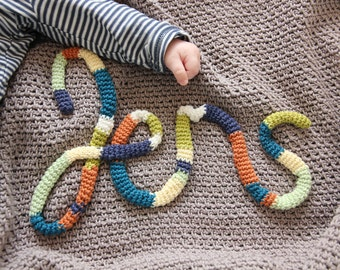 Custom crochet baby name blanket. Personalized afghan for newborn. One of a kind baby shower gift. Choose own color & size. What's your name