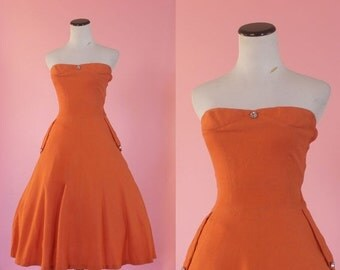 SALE 1950s strapless sweetheart sundress/ 50s orange party dress/ small • free US shipping