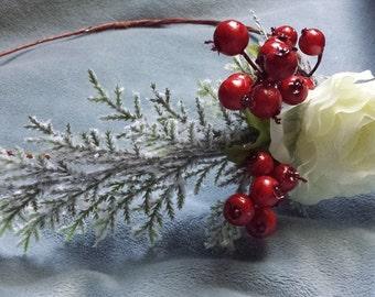 Winter Wedding Hair Wreath Party Festival Floral Crown Headband Head Garland White Green & Red