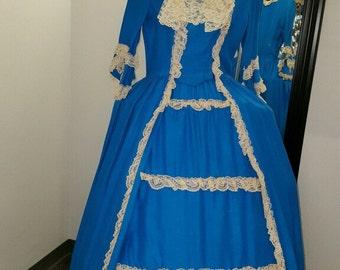 Renaissance/Colonial style perioid dress