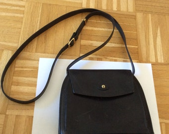 AIGNER crossbody bag, in fashion again.