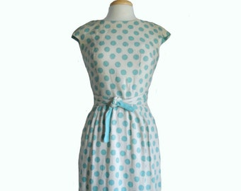 Vintage Dress Summer 1960s Dress Ivory Linen Fabric with Turquoise Polka Dots - Criss Cross Fabric Belt with Cap Sleeves and Boatneck - 12