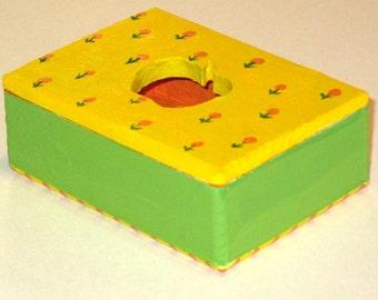 Box Yellow Apple