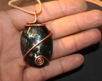 Labradorite and recycled copper - pendant necklace