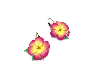 Flowers yellow and Fuchsia in polymer clay earrings