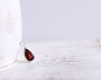 Garnet Charm - Sterling Silver Pendant - January Birthstone - Pear Shape Charm - Silver Findings - Rain Drop - Wholesale Supplies / SS-GC003