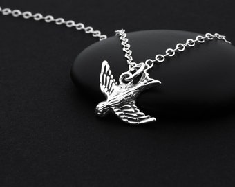 Sterling Silver Bird Necklace, Songbird Necklace, Sparrow Necklace, Tiny Bird Necklace, Bird Charm Necklace, Bird Jewelry, Sparrow Charm