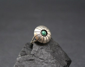 Sterling Silver Signed Native American Navajo Shadow Box Malachite Ring