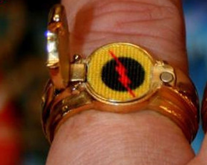 Custom POP Top Reverse Flash T.V. Inspired Ring