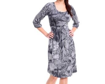 "Breastfeeding Dress ""Babydoll"", Grey Print Nursing Dress, Maternity Dress in Custom Color, Maternity Dress for Photo Shoot"
