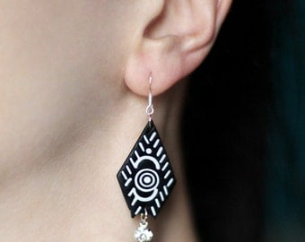 Abstract earrings Black and white Dangle earrings Contemporary jewelry White and black Drop earrings Tribal jewelry Gift for her Birthday