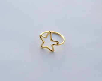 Star Ring - Solid 18K Gold