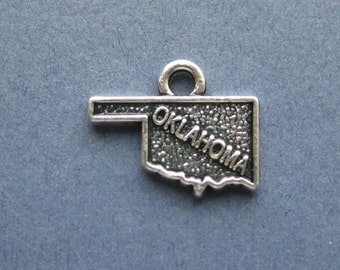 5 Oklahoma Charms - Oklahoma Pendants - State Charms - Oklahoma- Antique Silver - 17mm x 14mm  -- (T7-10061)