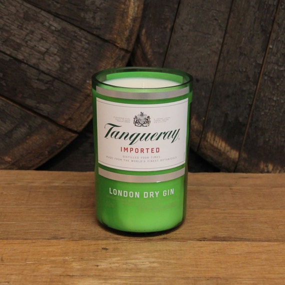 Tanqueray Gin Candle - Recycled Gin Bottle Soy Candle 1L - Custom Scent and Color - 22oz Soy Wax Gin Liquor Alcohol Gift for Him