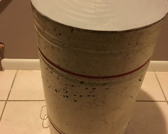 Vintage Metal Flour Bin with Lid (Local PickUp Only!)