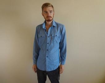 70s Levis Orange Tab Blue Chambray Shirt ~ Size Large