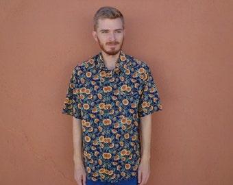 80s Sunflowers All Over Kansas Short Sleeve Shirt ~ LARGE