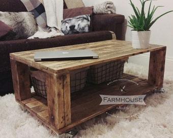 "Pallet Coffee Table ""AHVIMA"" - Rustic & Industrial"